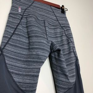 Zella by Nordstrom Gray Striped Cropped Legging XS